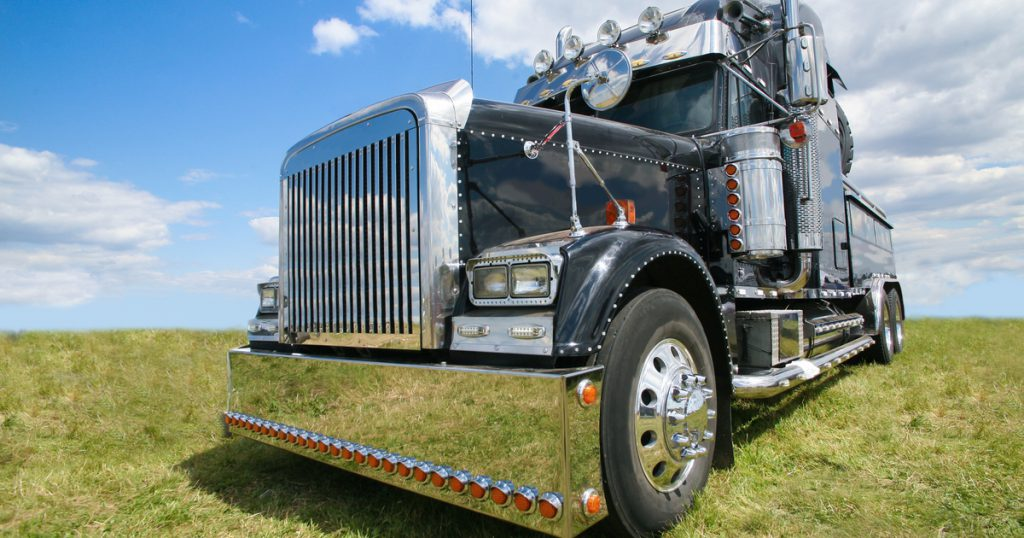 Trucker using CDLLife and ExpressTruckTax for HVUT IRS Form 2290